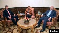 美國國務卿克里、歐盟特使阿什頓以及伊朗外長扎里夫11月10日在馬斯喀特會面。