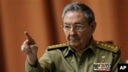 古巴领导人劳尔·卡斯特罗 (资料图片)