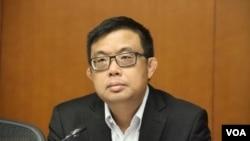 香港立法會民主黨議員涂謹申(美國之音記者申華拍攝)