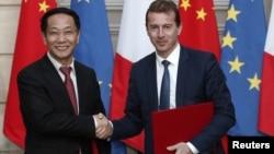 Lễ ký hợp đồng mua máy bay giữa Trung Quốc và Airbus hôm 25/3.