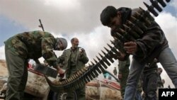 Quân nổi dậy Libya chiến đấu với lực lượng chính phủ gần thị trấn dầu hỏa chiến lược Brega