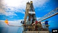 Obama administrasiyası dərin sularda neft qazıntı işlərinə moratoriumu icra etmək istəyir