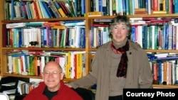 Betty Azar and Michael Swan, grammar teaching experts