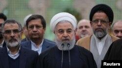 ប្រធានាធីបតីអ៊ីរ៉ង់ Hassan Rouhani ថ្លែងនៅក្នុងអំឡុងទស្សនកិច្ចរបស់លោកនៅភាគខាងត្បូងរបស់ទីក្រុងតេហេរ៉ង់ប្រទេសអ៊ីរ៉ង់កាលពីថ្ងៃទី៣០ ខែមករា ឆ្នាំ២០១៩។