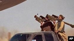رپوټ: ایران طالبانو ته د هوایي توغندیو چل ښيي