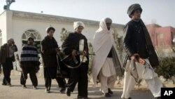 پاکستاني طالبانو ۱۵ ملیشې عسکر وژلي