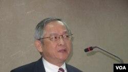 军事专家,前立法委员、淡江大学教授林郁方. (voa资料照)
