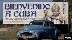Aunque pastoral, la visita del Papa ha generado tensiones políticas en Cuba.