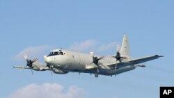 Việt Nam có thể đề nghị mua 6 chiếc P-3. Các phi cơ này sẽ giúp Việt Nam theo dõi sát các hành tung lấn lướt của Trung Quốc trên Biển Đông, điểm nóng có thể xảy ra xung đột vì tranh chấp chủ quyền chồng chéo nhau giữa các nước trong khu vực.
