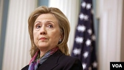 Clinton quiso traer también a la reflexión al Premio Nobel de la Paz 2010, el encarcelado disidente chino Liu Xiaobo.