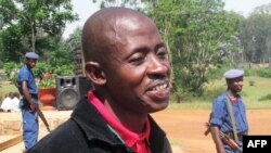 Journalist Hassan Ruvavkuki appeals his life sentence at a court in Gitega, Oct. 18, 2012.