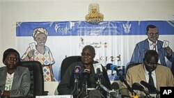جنوری 03، 2011، جنوبی سوڈان ریفرنڈم بیورو کے چیرمین چان ریک مادوت 9 جنوری کو ہونے والے ریفرینڈم کے بارے میں بات کررہے ہے۔