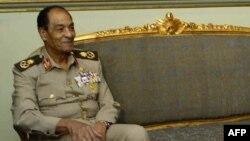 Hussen Tantaoui au Caire, le 26 octobre 2005, quand il était ministre de la Défense.
