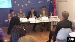 BE, thirrje partive në Shqipëri që të gjejnë mirëkuptim