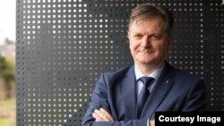 Mirza Kušljugić, predsjednik UO Centra za održivu energetsku tranziciju ReSET i profesor na Fakultetu elektrotehnike u Tuzli