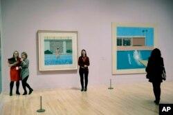 دیوید هاکنی در لس آنجلس که بود به نقاشی های استخر علاقه مند شد