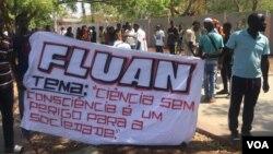Estudantes protestam contra preço de propinas, Luanda, Angola (Foto de Arquivo)