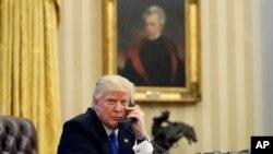 Presiden Amerika Serikat, Donald Trump di kantor Oval, Gedung Putih, Washington DC (Foto: dok).