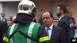 Президент Франції Франсуа Олланд на місці інциденту в Нормандії