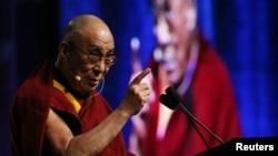 达赖喇嘛在美国马里兰大学发表演说
