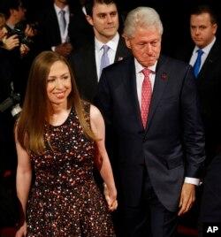 بیل کلینتون و دخترش چلسی