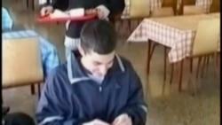 以色列民众试图阻止囚犯交换