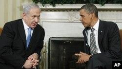 سهرۆک ئۆباما و بنیامین نهتانیاهو له میانهی کۆبوونهوهیان له کۆشـکی سـپی له واشنتن، ههینی 20 ی پـێـنجی 2011