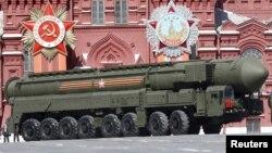 Баллистическая ракета RS-24 «Ярс»