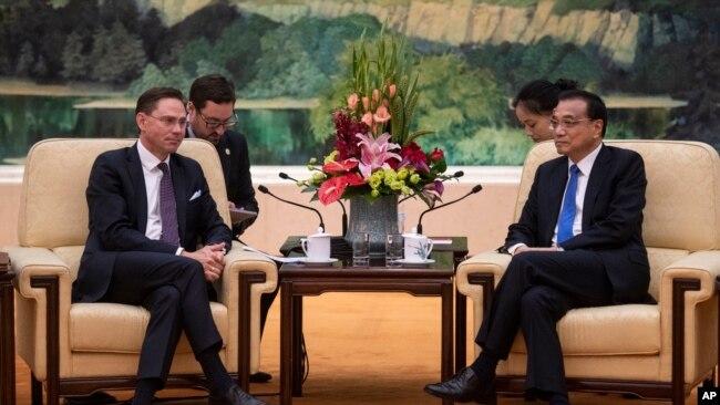 歐盟副主席卡泰宁2018年6月25日會見中國總理李克強(美聯社)