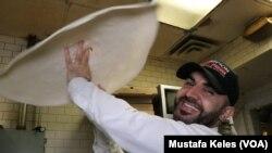 Hakkı Akdeniz Champion Pizza New York
