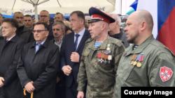 Savo Cvjetinović sa Viktorom Zaplatinom i Aleksejom Sosonnyjem. Izvor: BIRN BiH