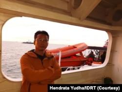 Hendrata Yudha, yang tergabung dalam Indonesia Divers Rescue Team IDRT, organisasi komunitas penyelam yang anggotanya berasal dari berbagai profesi. (Foto: Courtesy)