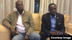 Diedonne Bashirahishize (R) na Christophe Sebudandi (L)