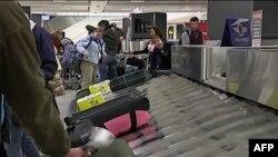 Теперь все пассажиры, прибывающие в США, обязаны пройти тщательный досмотр