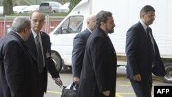 Delegacija sirijske opozicije stiže na sastanka sa međunarodnim izaslanikom Lakdarom Brahimijem u Ženevi