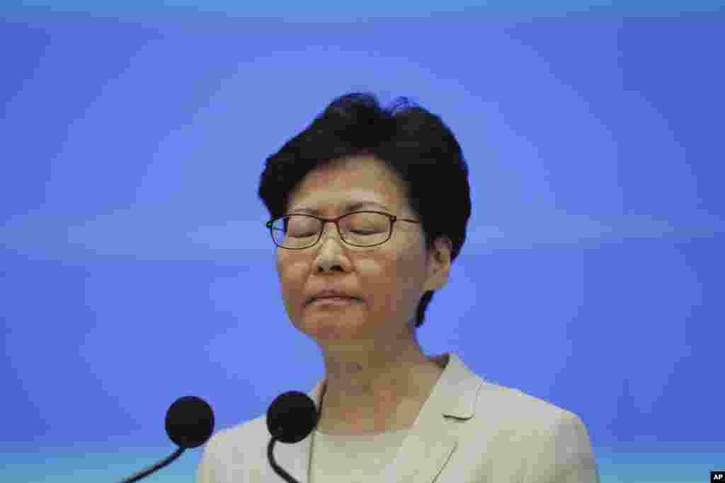 رئیس اجرایی هنگکنگ دوباره از معترضان عذرخواهی کرد. او پیشتر لایحه ای را قرار بود بررسی کند که با استرداد متهمان به مصر موافقت میکرد. معترضان می گویند این لایحه می تواند به انتقام گیری چین از مخالفان خود در هنگ کنگ منجر شود.