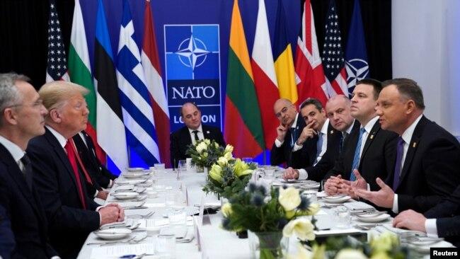 Bisedime në NATO