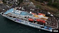 Salah satu kapal Turki yang ikut dalam operasi bantuan 'Freedom Flotilla' bagi warga Jalur Gaza.
