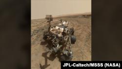 Одно из многочисленных селфи марсохода Curiosity