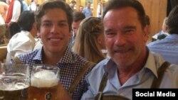 آرنولد و پسرش ژوزف در مونیخ