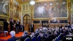 Presiden Jokowi menyampaikan pidato di depan Parlemen Inggris di London (19/4). (Foto: Biro Pers)