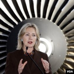 Menlu AS Hillary Clinton percaya Presiden Obama mampu menggalang kerjasama dengan anggota Republik di DPR AS.