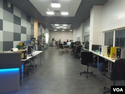 莫斯科一家从事设计的小企业办公室