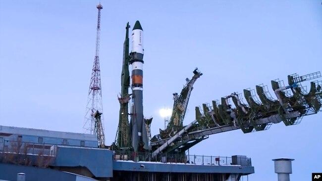 Tàu không gian vận tải của Nga Soyuz 2,1A.