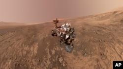 Curiosity sur Mars, image fournie par la Nasa.