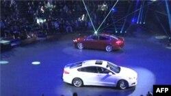 Industria e automobilëve, çështje e rendësishme për votuesit në Miçigan