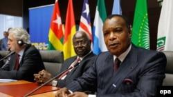 Le président Denis Sassou Nguesso du Congo assiste à la conférence internationale sur le virus Ebola au Palais d'Egmont à Bruxelles, Belgique, 03 mars 2015. epa/ JULIEN WARNAND