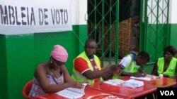 Assembleia de voto na Guiné-Bissau