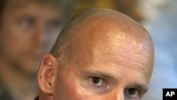 挪威枪击案制造者的辩护律师里佩斯塔德7月26日称,嫌犯似有精神病。
