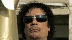 مقامات دولت موقت لیبی معتقدند قذافی در نزدیکی مرز الجزایر پنهان است